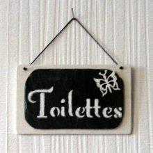 plaque de porte toilettes émaillé sur ardoise et bois