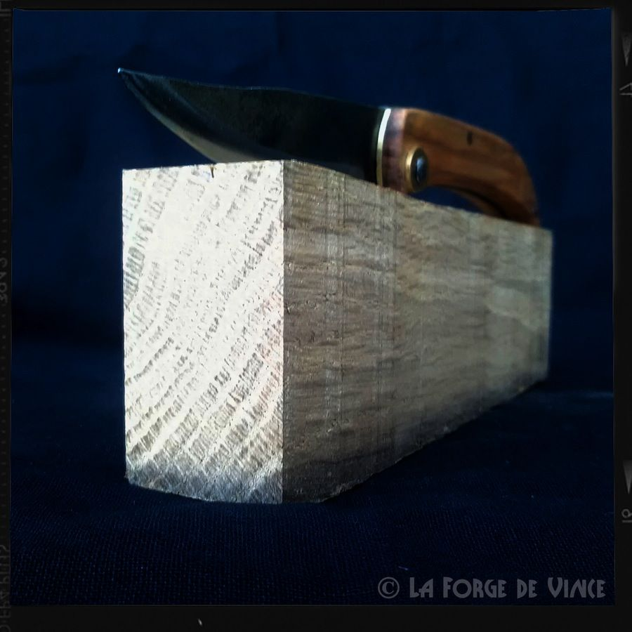 Couteau Onde 02