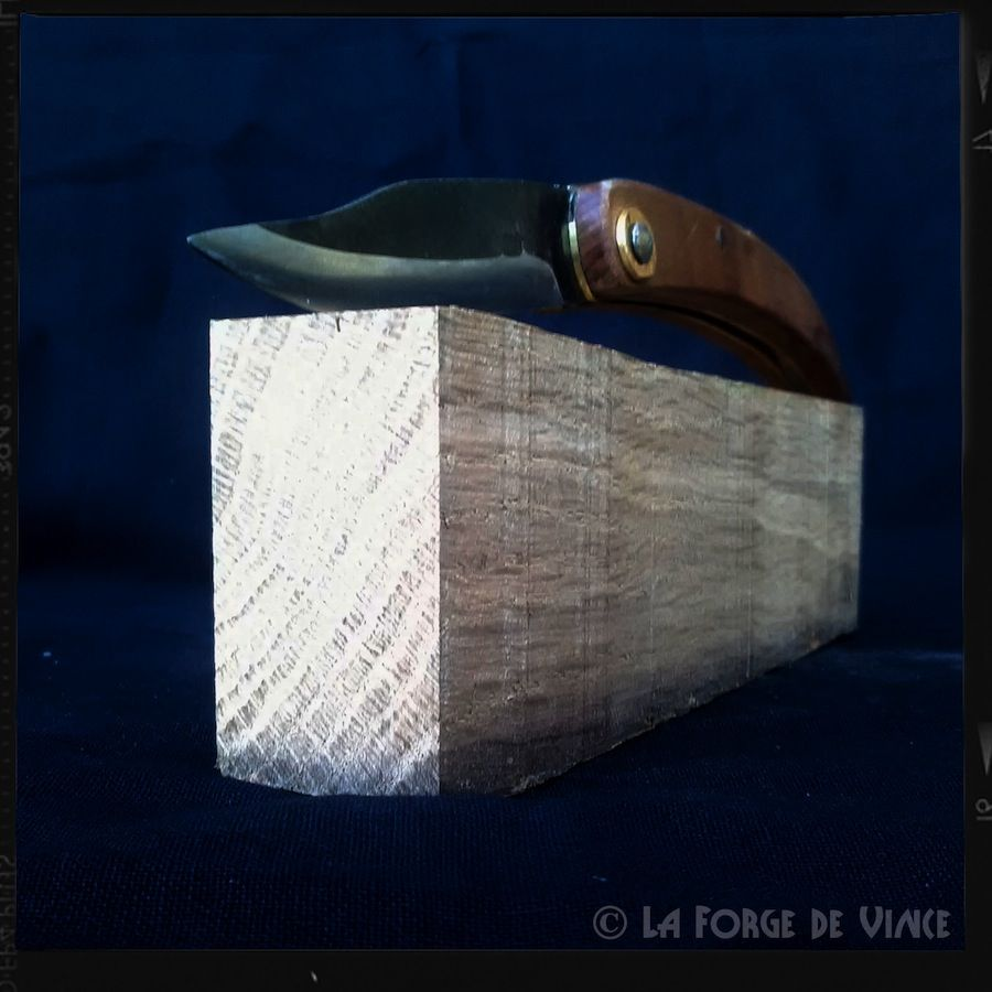 Couteau Onde 03