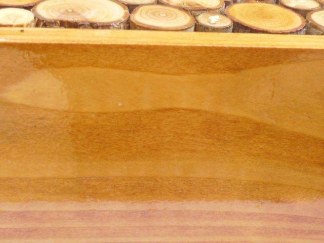 Porte-manteaux mural rectangulaire en rondin de bois couleur miel a 1 patère et porte clé 30x20 cm