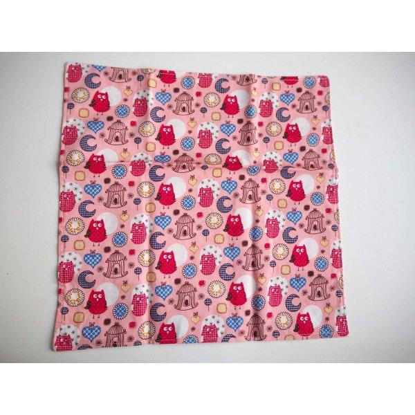 39- Serviette de table 33x33cm, fond rose chouettes/fleurs