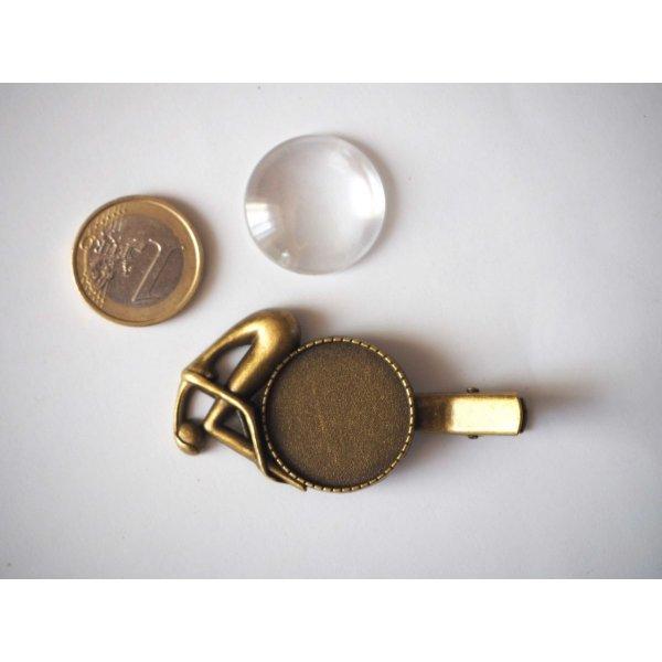 Barrette pince femme pensive, bronze antique, cabochon 25mm  fourni