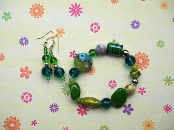 Bracelet+boucles d'oreilles ton vert: verre, pierre,  agate, cristal