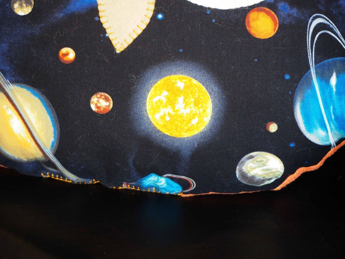 Coussin chouette/hibou, 38x36cm,, Saint-Valentin pour Monsieur, espace, planètes, fond noir