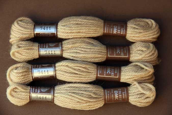 Echevette 8m  7411, ton beige , 100% pure laine Colbert DMC