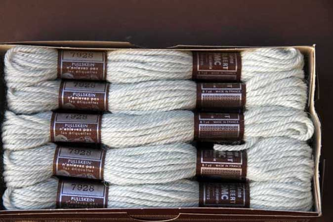 Echevette 8m   7928, ton bleu gris clair , 100% pure laine Colbert DMC