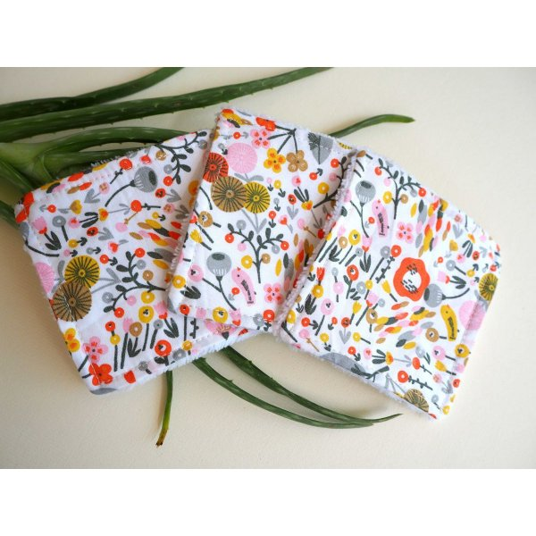 Lingette démaquillante lavable, tissu blanc avec fleurs et feuilles gris/orange