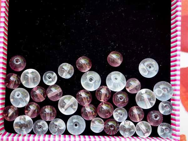 Lot de 40 Perles verre rondes transparentes incolores ou  ton rose violet
