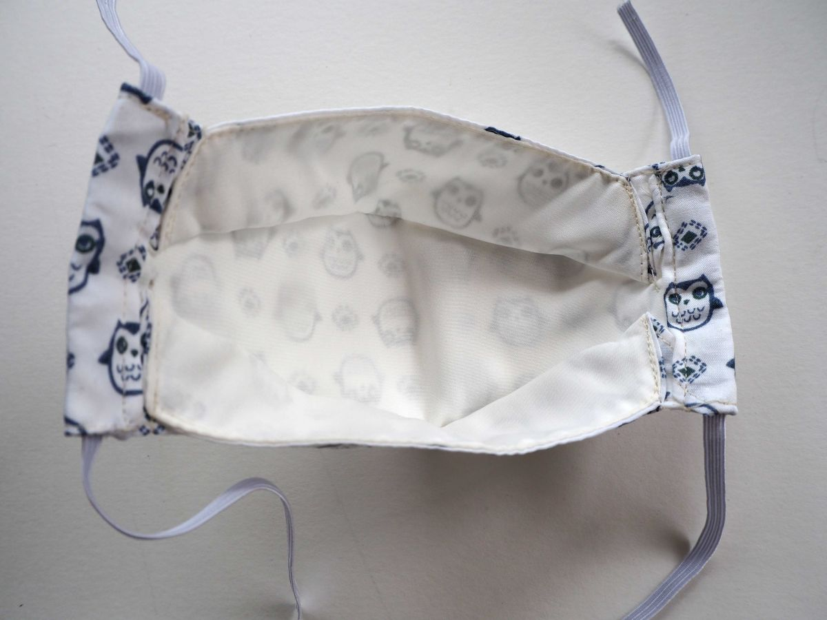 Masque 3D M, Face coton, dos crêpe, blanc avec chouettes grises