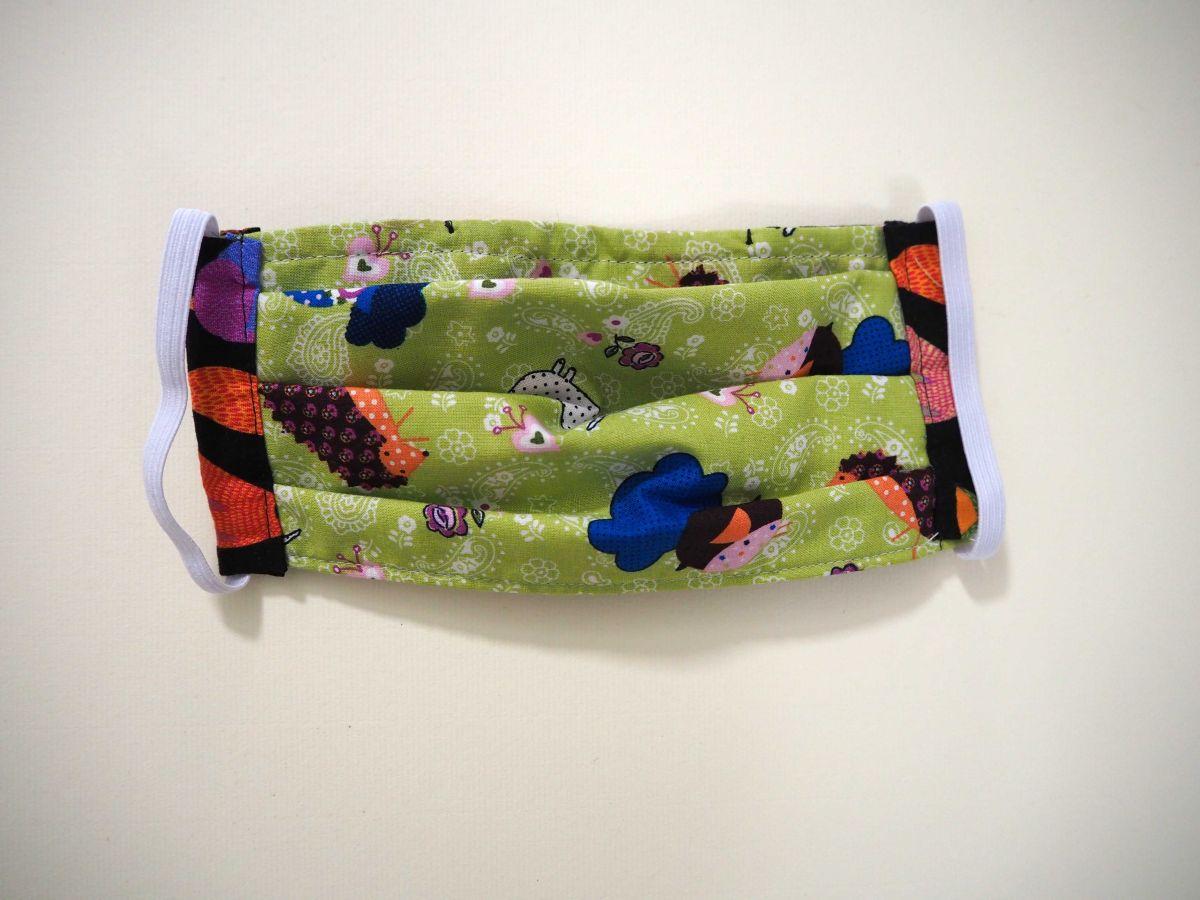 Masque en tissu , plissé, avec pince-nez, 3 épaisseurs, renards