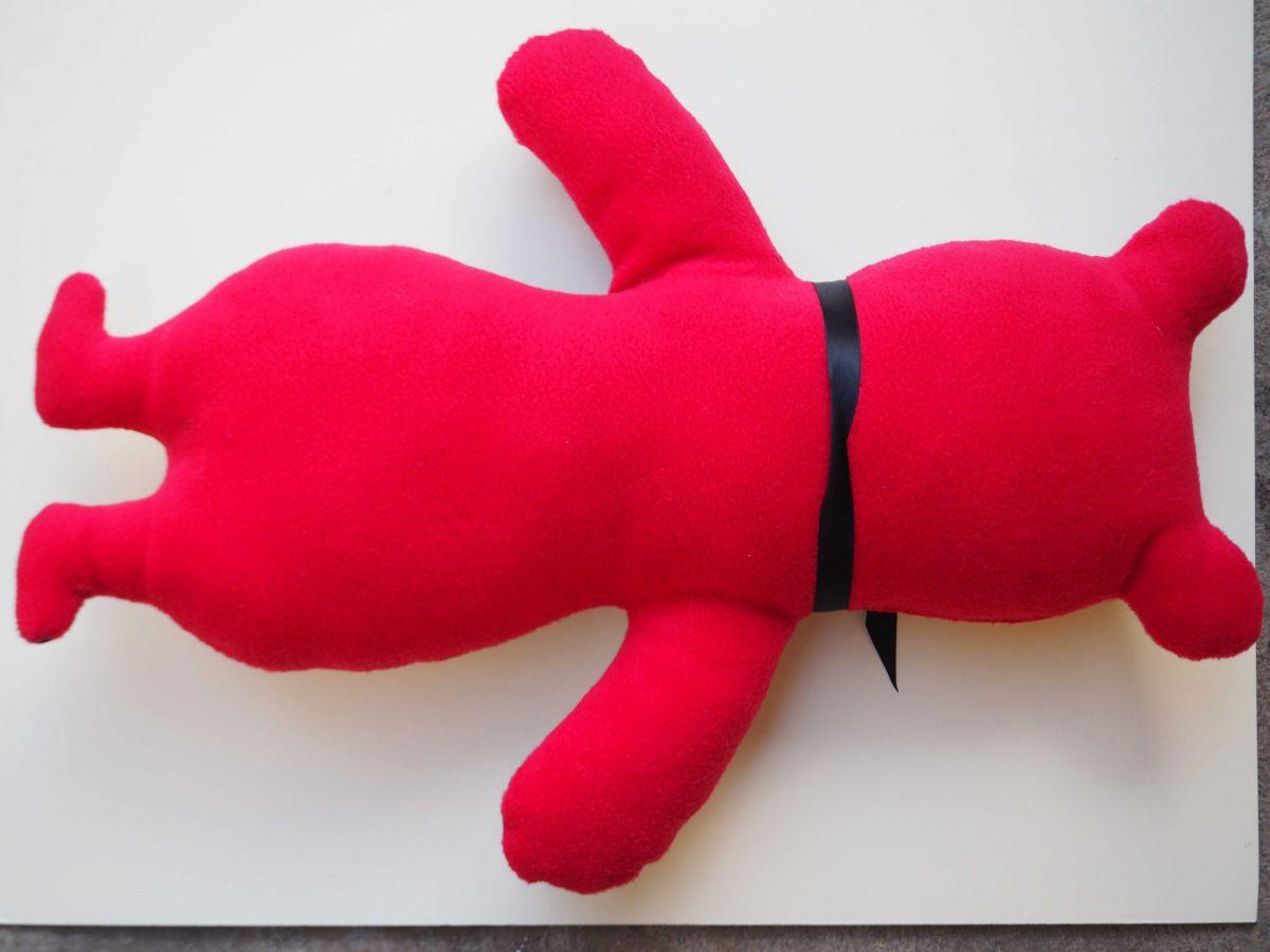OURS rigolo, 57x37cm, tout doux, tissu  rose-rouge avec ours dessins noirs