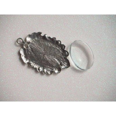 Pendentif, Support cabochon 25x28mm, argent antique branches et ornements