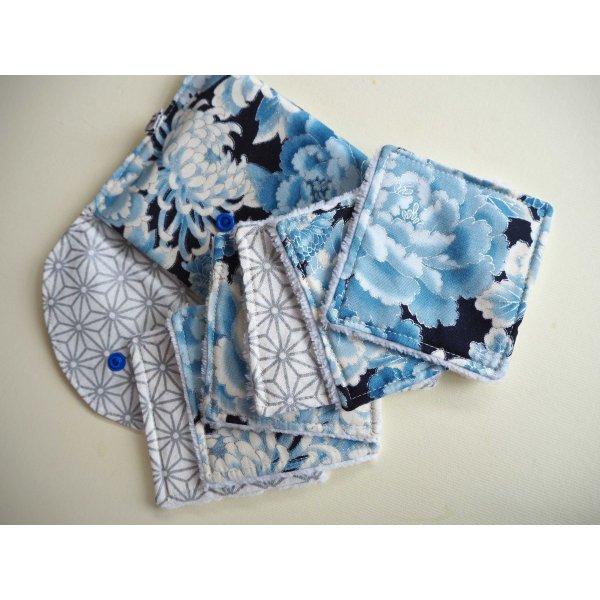 Pochette Nomade + 6 lingettes assorties, lavable, réutilisable, coton kaufmann fleurs bleues et argent
