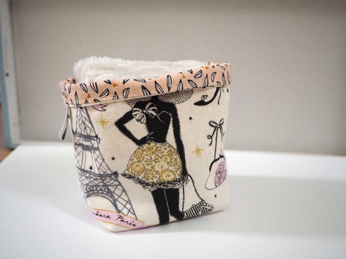 Pochon réversible et 7 lingettes démaquillantes lavables, coton, la parisienne fond blanc avec doré