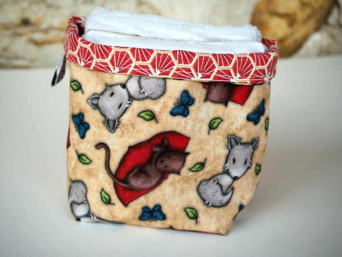 Pochon réversible et 7 lingettes démaquillantes lavables, coton, chats et souris