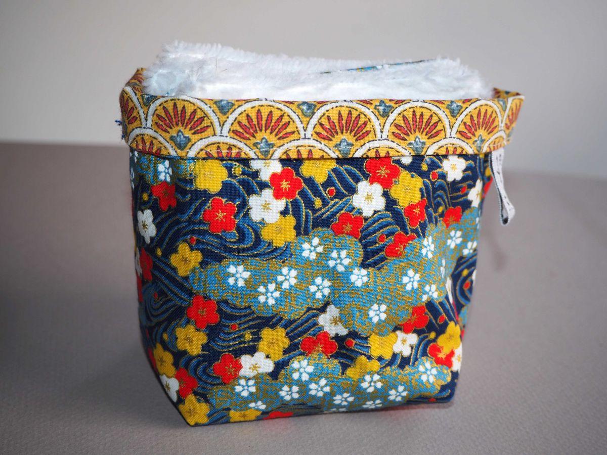 Pochon réversible et 7 lingettes démaquillantes lavables, coton, tissu japonais avec fleurs et doré