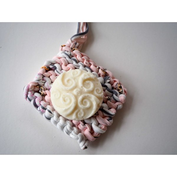 Porte-savon tawashi , lavable, inusable, tricoté main, coton rose et blanc