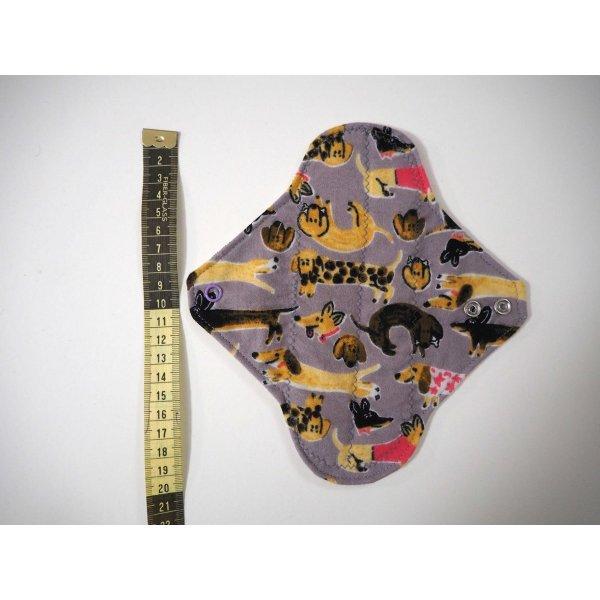 Serviette hygiènique lavable T1, gris/jaune avec chiens saucisse, coton violet/jaune