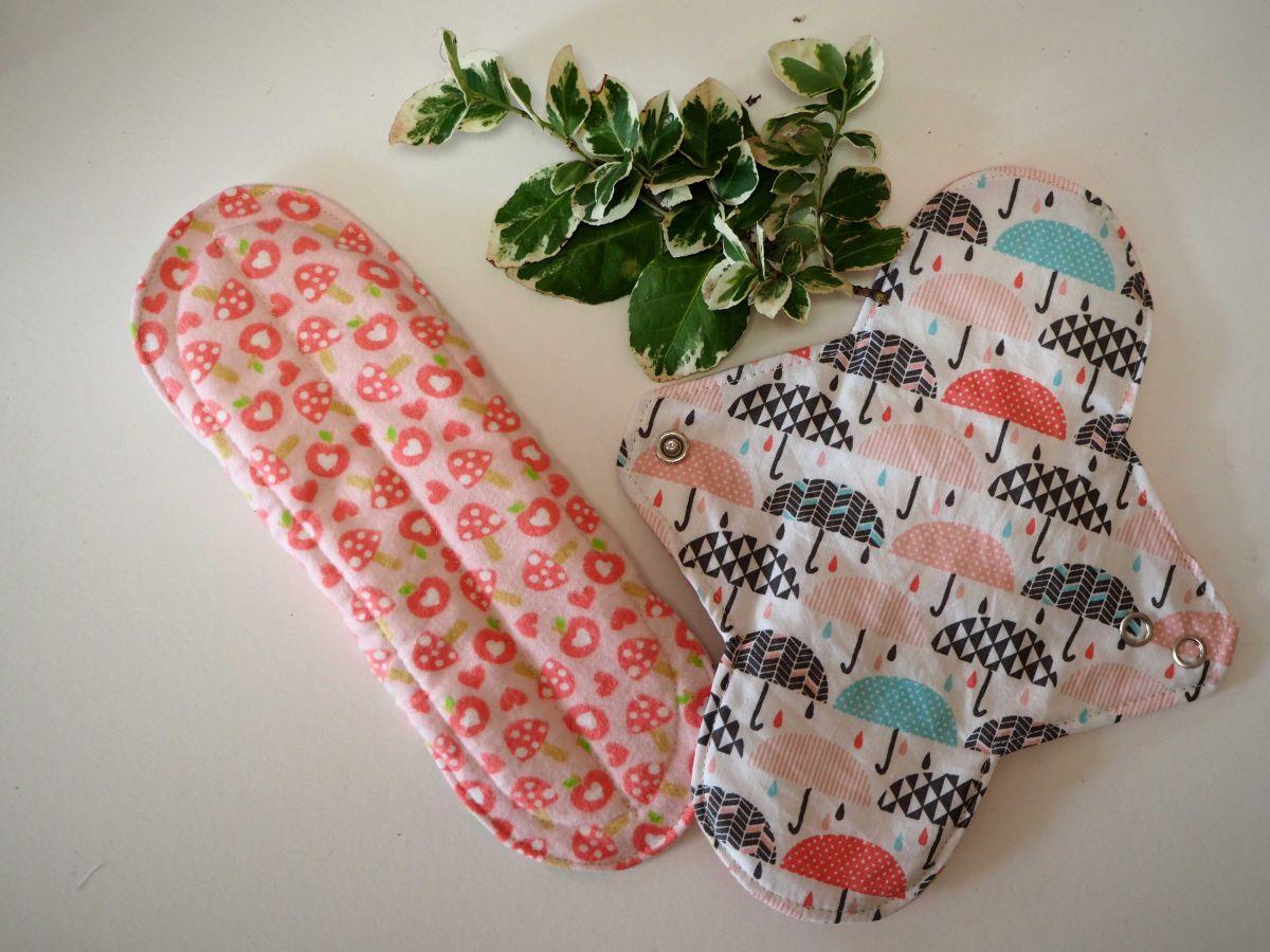 Serviette hygiénique T2 eponge 2 épaisseurs, lavable, rose avec champignons