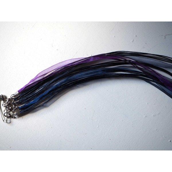 Tour de cou, collier court, fil coton et ruban, tons bleu foncé/violet