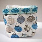 Pochon réversible et 7 lingettes démaquillantes lavables, coton, lanternes chinoises bleues