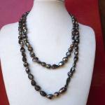 Très beau Sautoir en perles d'eau douce, gris nacré, 110cm, idéal cérémonie, mariage