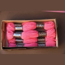 Echevette 8m  7798, ton rose vif, 100% pure laine Colbert DMC