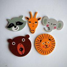 Lot 5 têtes d'animaux de 30 à 20mm , éléphant lion ours  raton girafe,customisation, couture