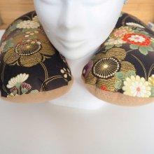Coussin de nuque, de repos, tour de cou, tissu japonais, fleurs /doré