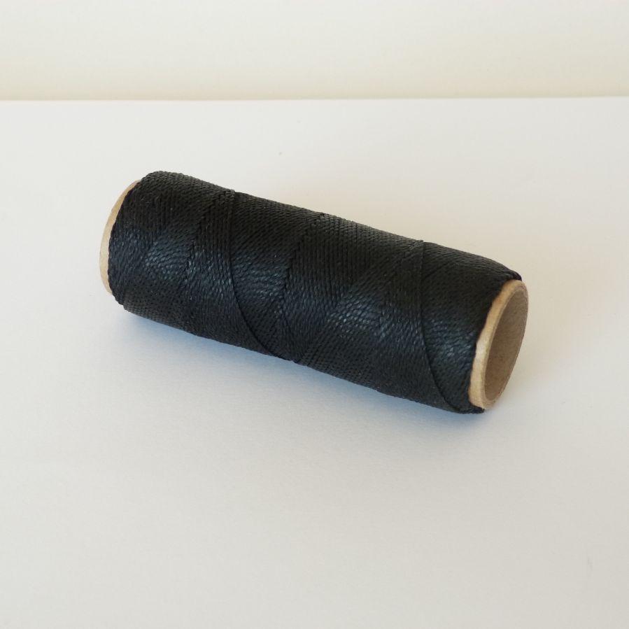 Bijoux en micro-macramé à personnaliser  en Noir