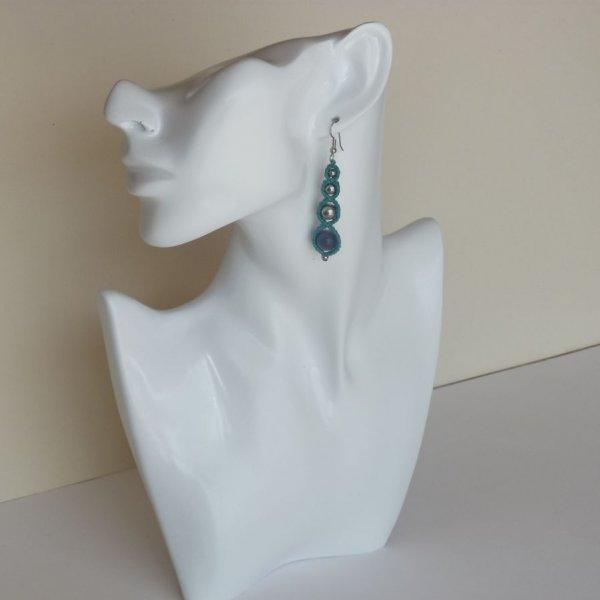 Boucles d'oreilles en micro-macramé vert turquoise
