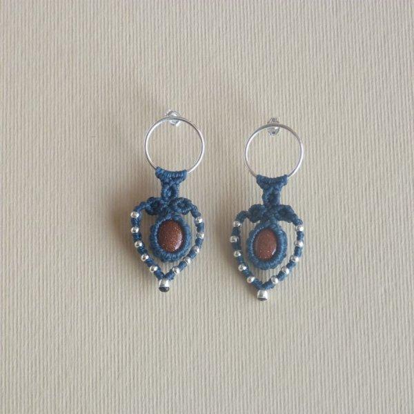 Paire de boucles d'oreilles  en micro-macramé bleu canard et en argent 925