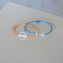 Bracelet jaune paille ou bleu turquoise en micro-macramé avec un intercalaire en argent