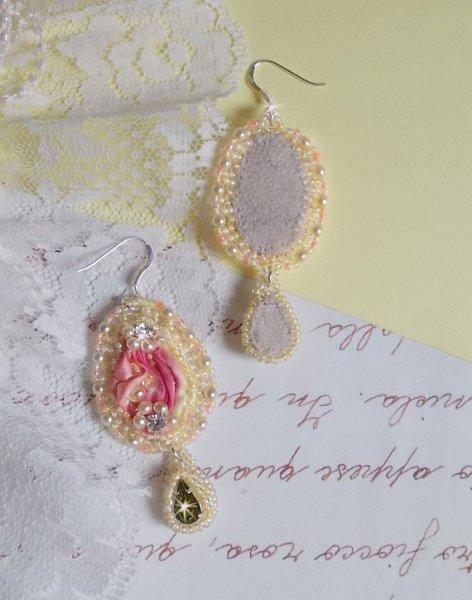 BO Les Délices de l'Eté, Soie, cristaux, perles et rocailles.