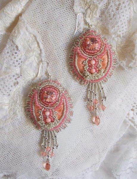 BO Corail brodées avec des cristaux de Swarovski et des perles fines
