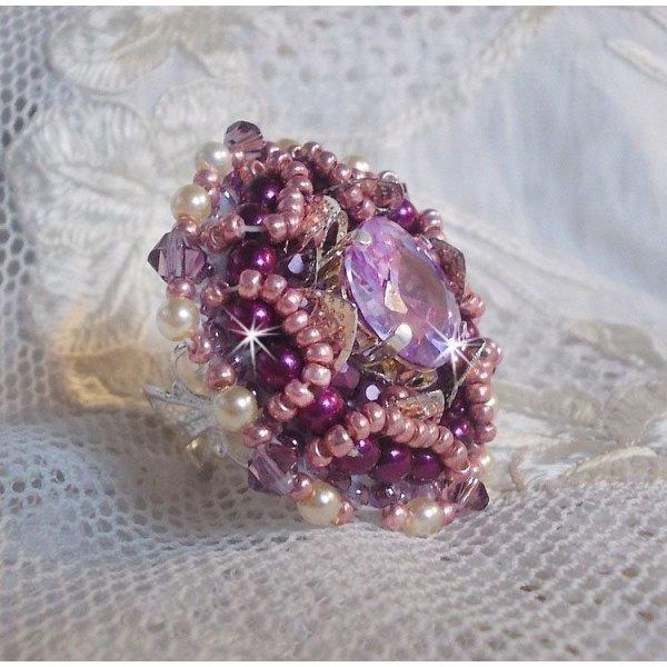 Bague Chinese Purple Stone brodée avec des cristaux de Swarovski