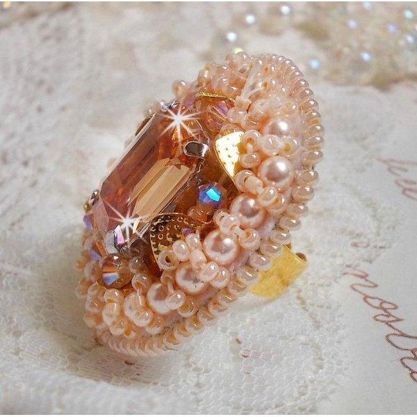 Bague Idylle Beauty avec des cristaux de Swarovski, cabochon et perles
