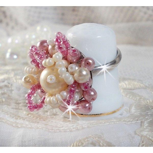 Bague Détente avec des perles nacrées de Swarovski