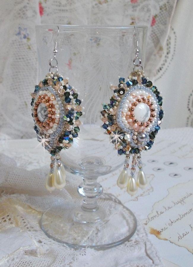 BO Angélique Marquise des Anges Haute-Couture brodées avec des pierres de gemmes (cabochons en Howlite blanc), des Cristaux de Swarovski et des rocailles