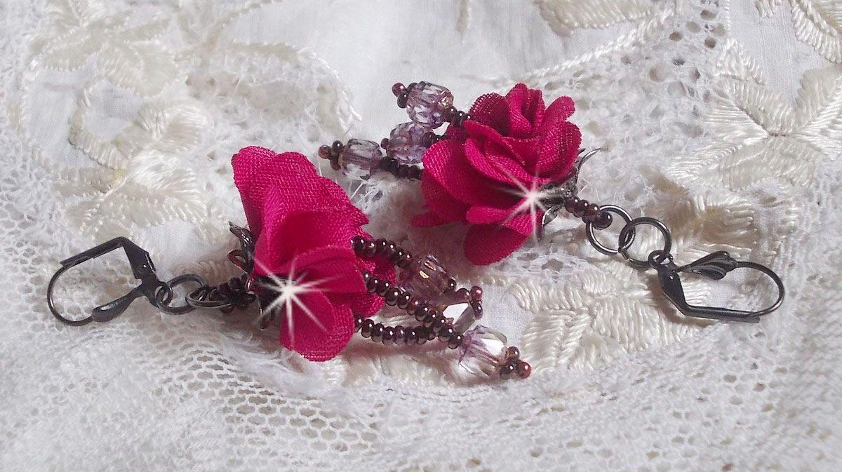 BO Belle Hélène avec une fleur en tissu fuchsia, des facettes Antique Crystal Bronze et des rocailles