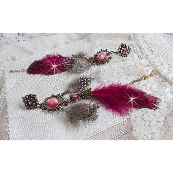 BO Navajo Fuchsia et Marron avec des perles de verres, des cristaux de Swarovski et des plumes