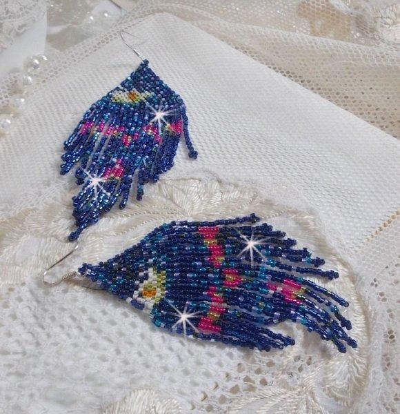 BO Nénuphars crées avec des rocailles Miyuki et des Toho de couleurs bleu, rose, blanc, jaune, orange et vert