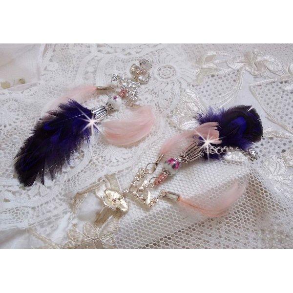 BO Tendre Purple avec des cristaux de Swarovski, des plumes et des perles en porcelaine