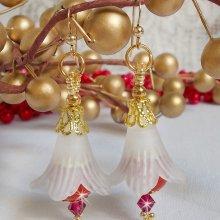 Boucles d'oreilles avec des perles en créramique rouge brodées Secret Oriental
