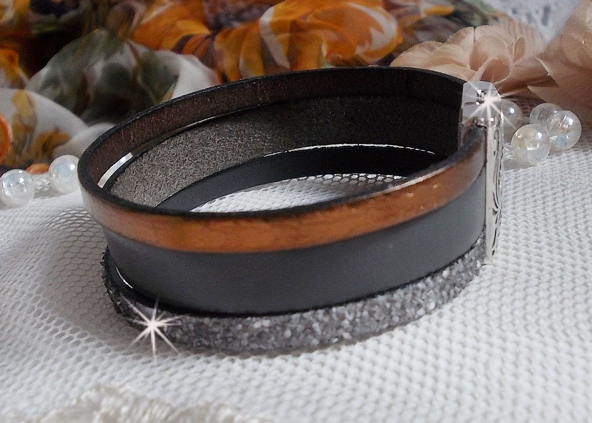Bracelet Arnaud Homme avec des lacets de cuir et un fermoir aimanté