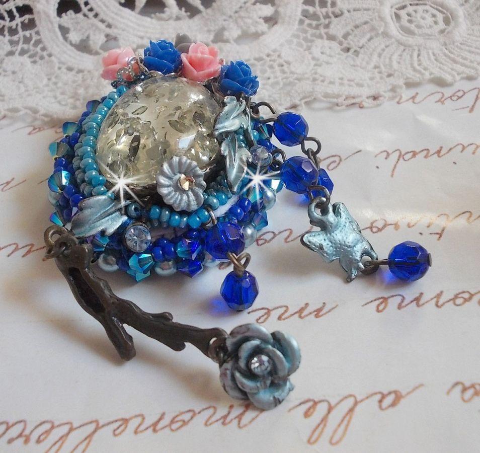 Broche Angéline baroque très ancienne reloockée