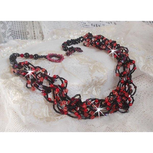 Collier Feeling avec des cristaux et perles Feeling d'une couleur rouge et noir