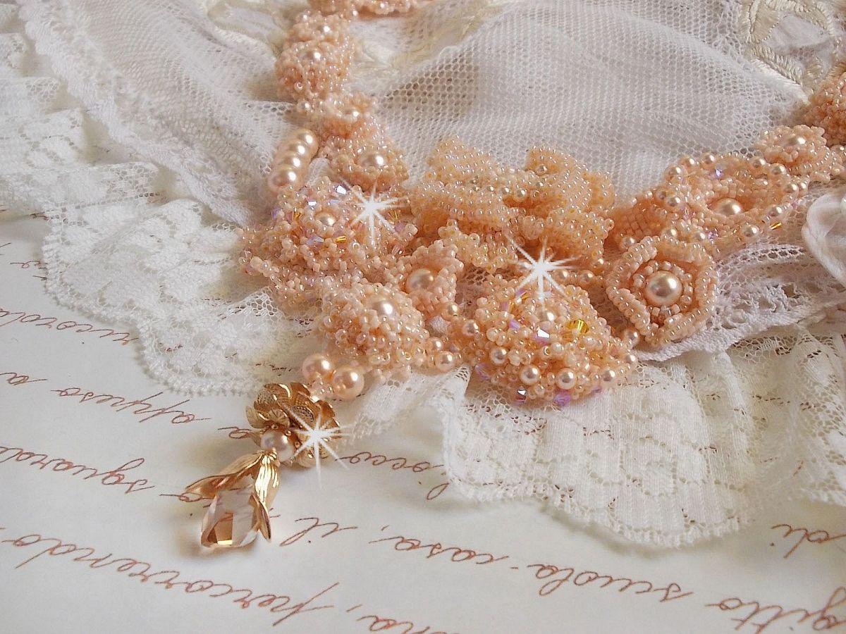 Collier Idylle Beauté Haute-Couture, rien que des perles nacrées de Swarovski et perles de rocailles