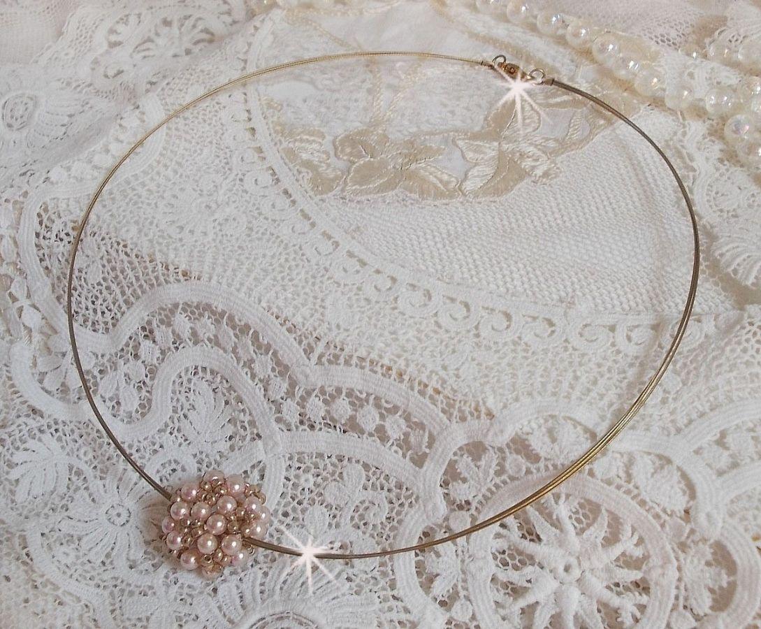 Collier pendentif Boules Nacrées avec des perles nacrées en cristal de Swarovski