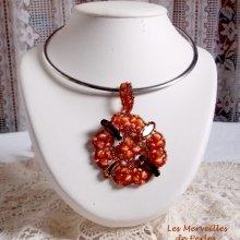 """Collier pendentif cristal et perles """"D'automne"""" très ambrée pour la saison"""